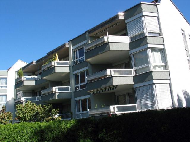 sonnige Wohnung mit schönem Balkon