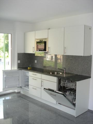 2 Z. Wohnung mit grossem Balkom 11765690