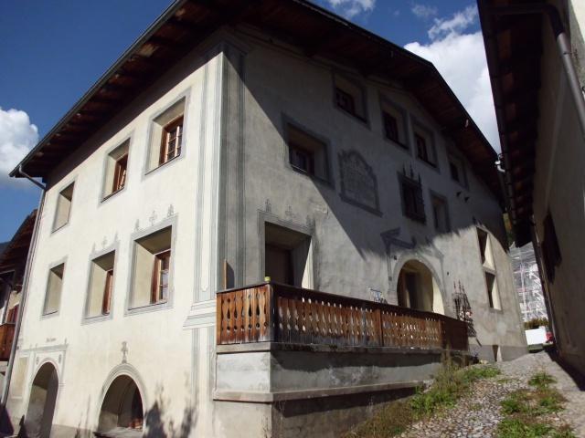 Gemütliche 3.5 Zi-Dachwohnung in Filisur 12422433