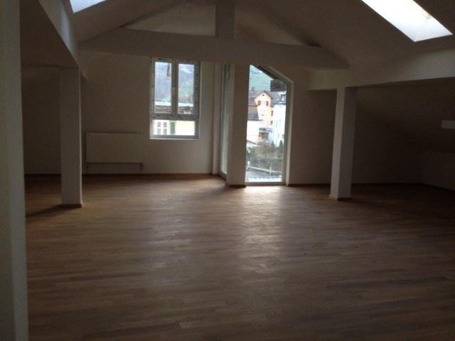 Top moderne Dach-Loft-Wohnung - mitten in Kriens - ruhig - A