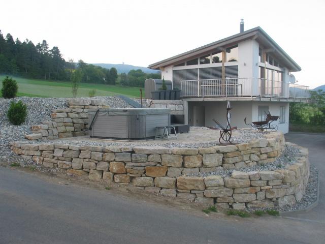 Kleines Einfamilienhaus mit Seesicht 10780453