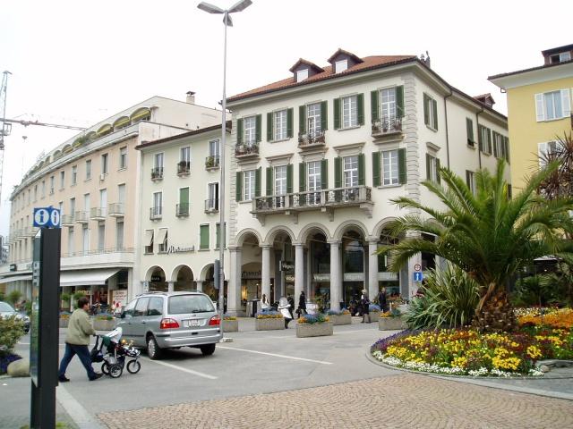 Moderne, helle Dachwohnung im Zentrum von Locarno 11391136