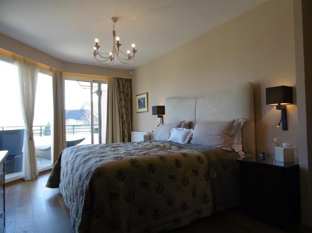 Appartement duplex en rez-de-jardin de 243 m² - résidence sé 12836219