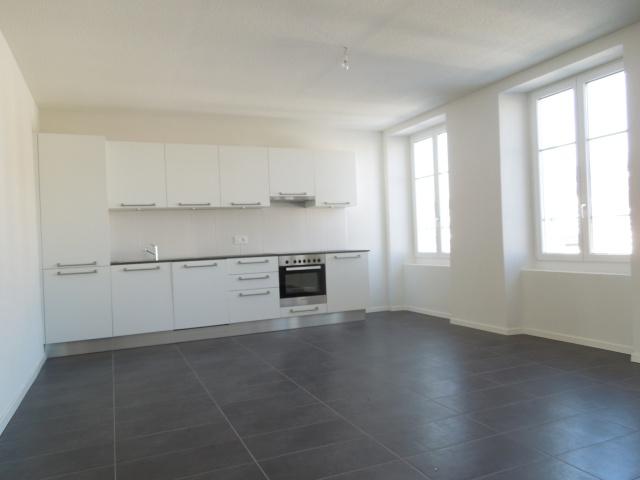 Magnfique appartement rénové de 3.5 pièces 13045266
