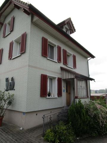 Einfamilienhaus mit Sitzplatz 11008142