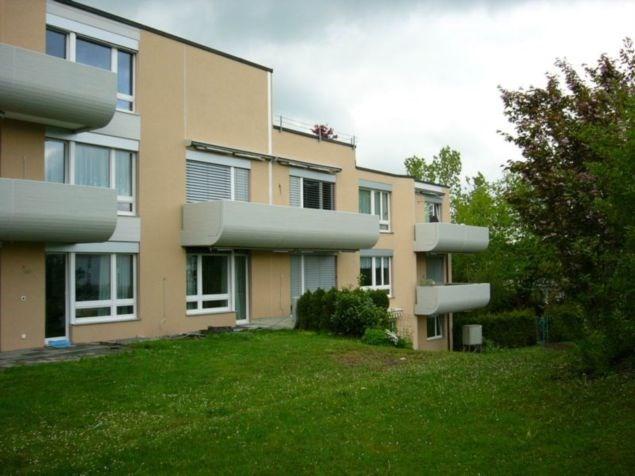 Ruhige Einzimmerwohnung in Mehrfamilienhaus 2. OG 13840825