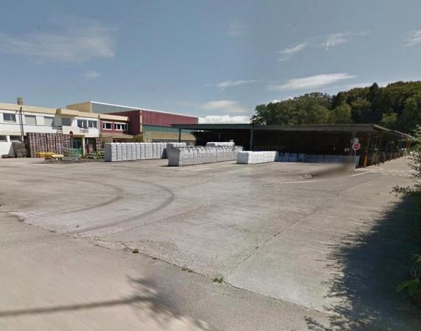Industrie- + Gewerbebauland in Chevroux 12942130