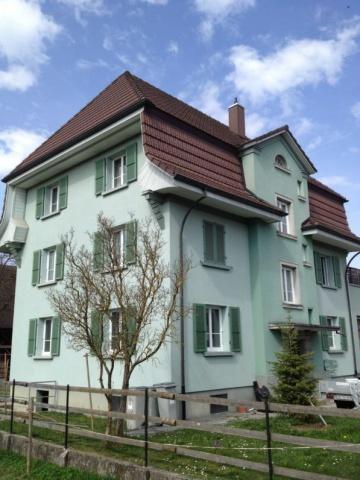 Helle neu renovierte 4-Zimmerwohnung an zentraler Lage 10694919