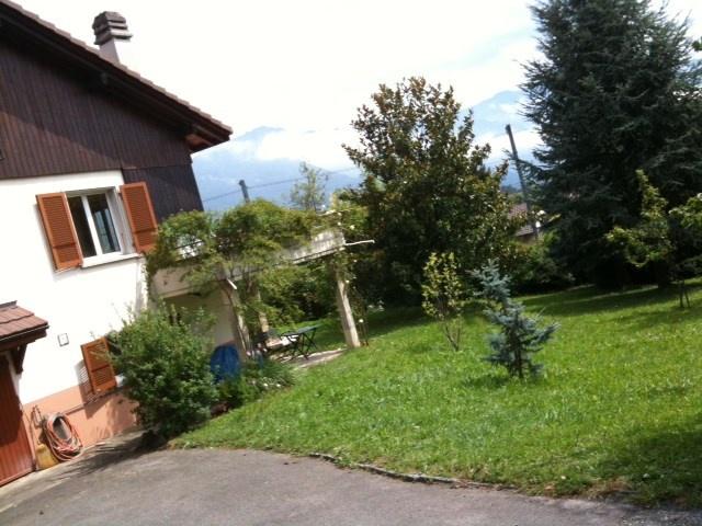 Apartment dans une villa avec jardin magnifique 10915547