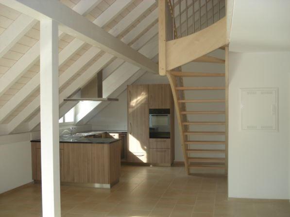 4.5 Zimmer-Wohnung mit Galerie, Lift, an zentraler Lage 10517337