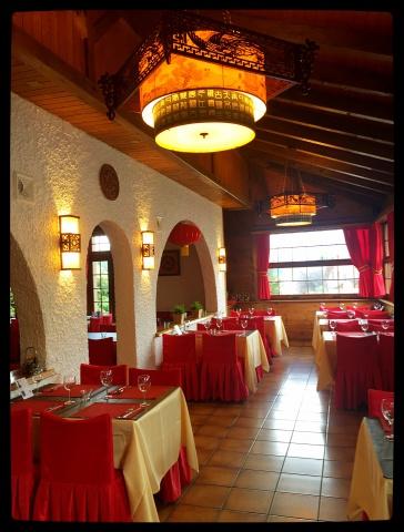 Restaurant entièrement rénové à louer au Pâquier (Fribourg) 13840398