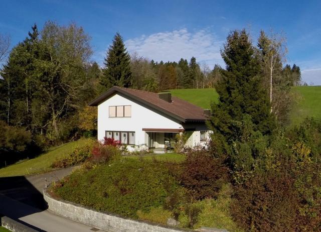 Flexibles Wohnhaus an hervorragender Wohnlage!