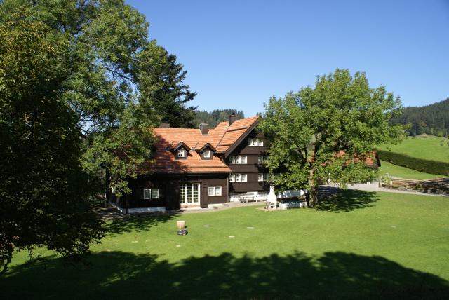 300 Jahre altes freistehendes Appenzeller Bauernhaus, Kanton 11876920