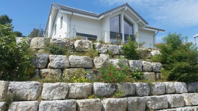 Villa meublée avec vue sur le lac à louer du 01.10.2015 au 3 11774342