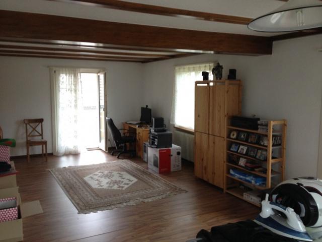Wohnung in 3-Famillienhaus ganzes Stockwerk 11668702