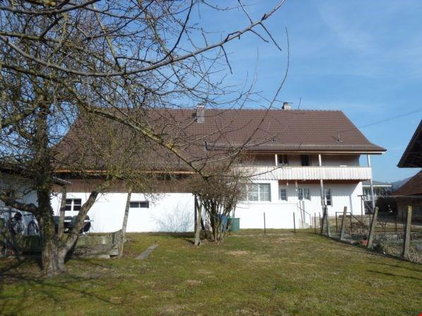 Wohnung mit grosser Laube und Gartenanteil 13839864