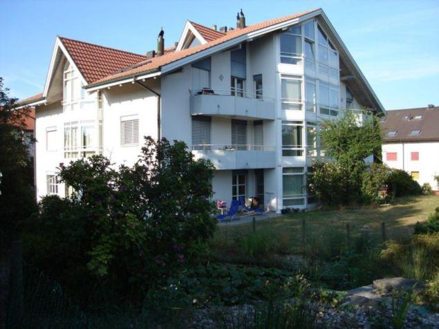 Neu renovierte, schöne 1 1/2 Zi-Dachwohnung in Cordast 10289273