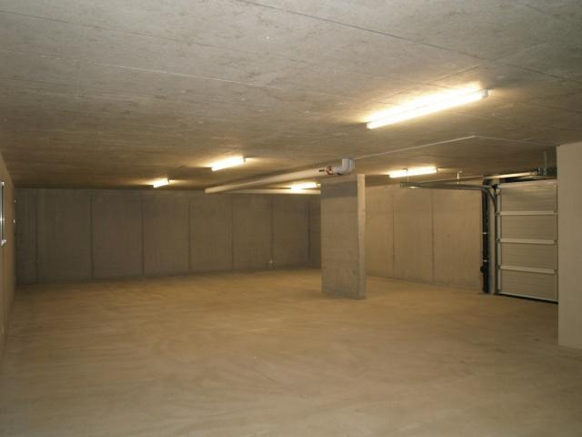 Entrepôt de 107 m2 à Boudry 6811881