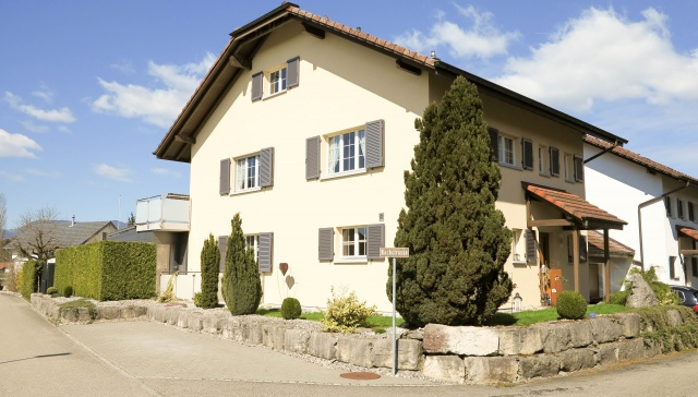 Gepflegtes 5½-Zi-Einfamilienhaus in Wolfwil 10611098
