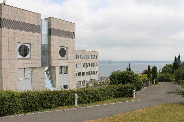 Neuchâtel - Avenue Edouard Dubois 20 - Locaux commercaux à 1 11254711