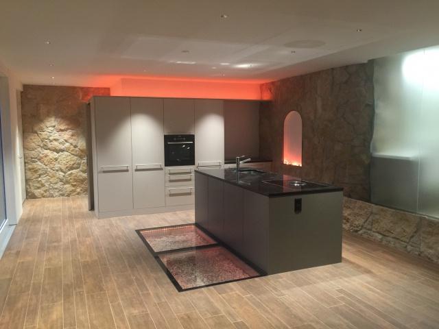 Erstvermietung Top moderne 3 ½-Zimmerwohnung an ruhiger Lage