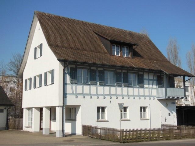 Ganzes Haus für Wohnen und Arbeiten mit 8 Zimmern und Gewerb 10517653