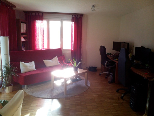 Sonnige 3.5 Zimmer Wohnung mit Balkon und wunderbarer Aussic 11588533