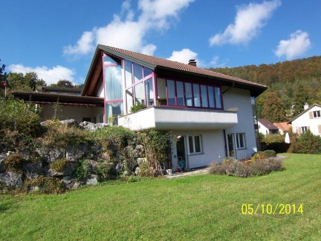 5-Zimmer Einfamilienhaus mit Gallerie, Aussenpool und Pergol
