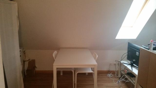 Studio Dachwohnung im Herzen von Schwamendingen