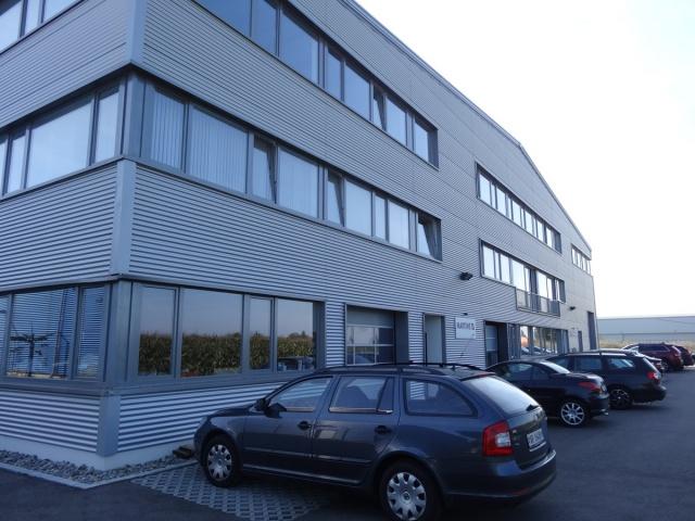 neue moderne Gewerbefläche in Flughafengebäude Altenrhein 9719536