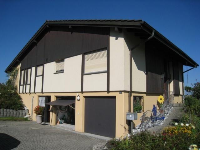 5.5-Zi-Einfamilienhaus mit grossem Landanteil und Seesicht