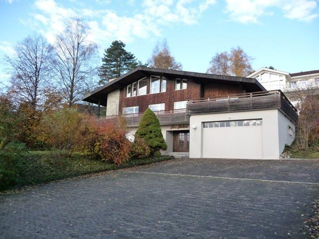 Einfamilienhaus mit Einliegerwohnung 11907708
