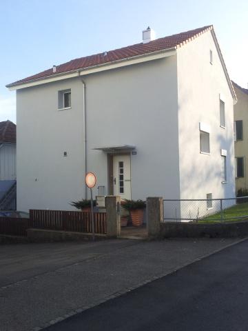 4 Zimmer-Einfamilienhaus mit Garten
