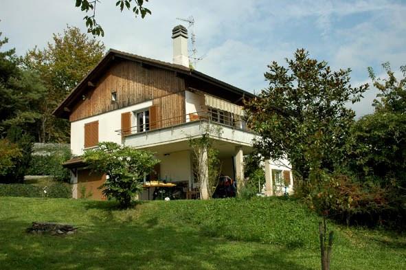 Appartement dans Villa située dans un grand jardin à St Légi 10950657