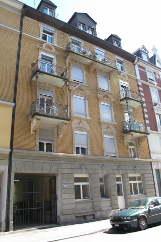 Neu renovierte, ruhige 3-Zi-Whg, Dachgeschoss - im trendinge 10694528