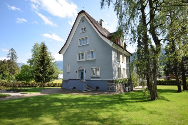 Herrschaftliches Wohnhaus an bester Lage 11007259