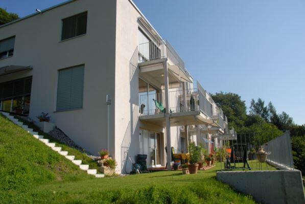 Reihen-Eckhaus an sonniger Hanglage mit Talsicht 11314342