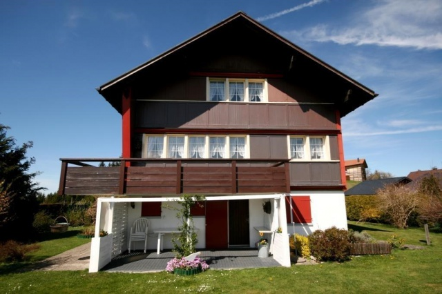 4.5 Zimmer-EFH mit Studio an herrlicher Wohnlage!
