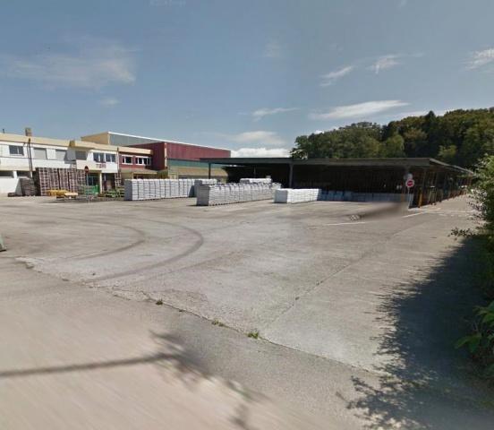 Industrie- + Gewerbebauland in Chevroux 13452206