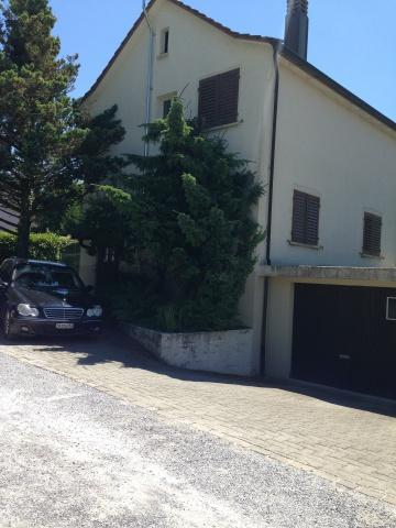 4 Zimmer Einfamilienhaus mit grossen Garten sucht Nachmieter 11382430