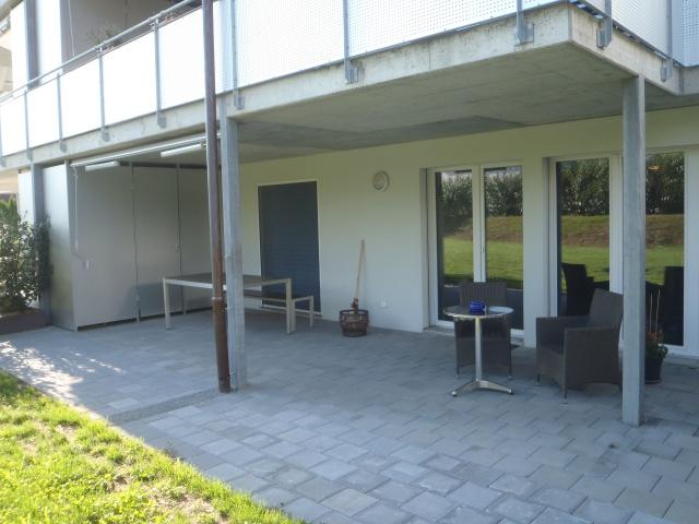 Helle, moderne und ruhige Wohnung zu vermieten 12004748