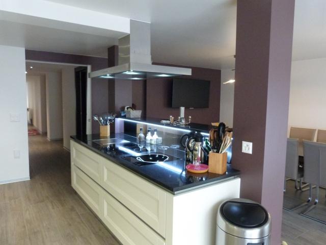 Appartement de standing de 6 pcs, cuisine ouverte, terrasse, 10589840