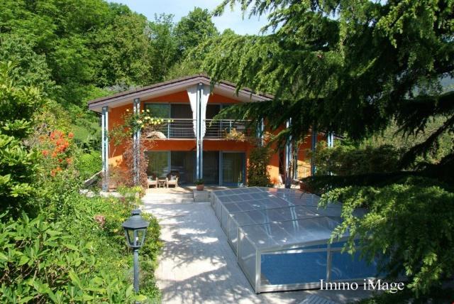 Villa di Prestigio con Vista Aperta sulle Colline e nel Verd 11598296