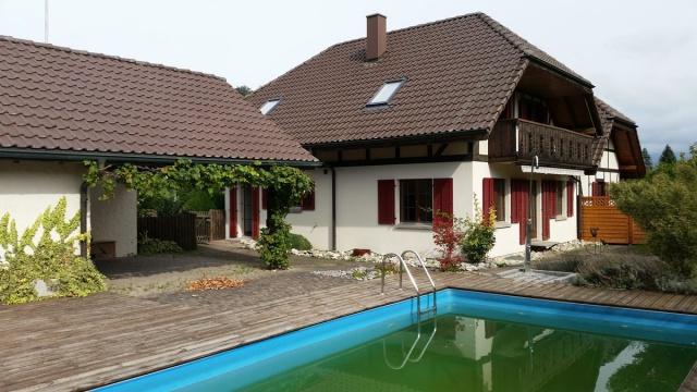 Villa mit Schwimmbad im Bucheggberg