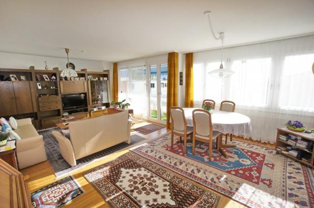 4,5-Zimmerwohnung in Einigen, mit Balkon, nahe See, Aussicht 12422744