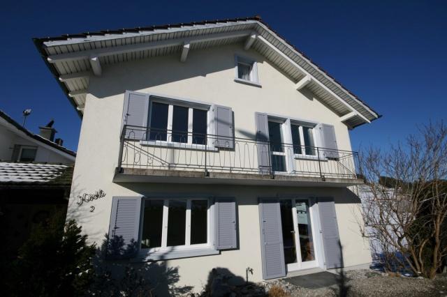 Ideal für Familie: Frisch renoviertes 6.5 Zimmer-Einfamilien