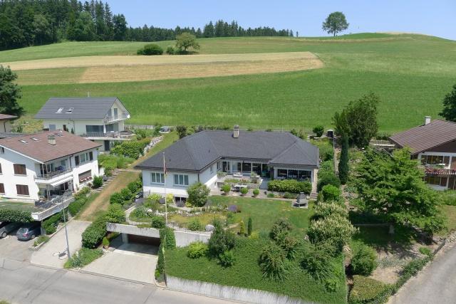 Grosszügiges Einfamilienhaus im Landhausstil an unverbaubare 11668588