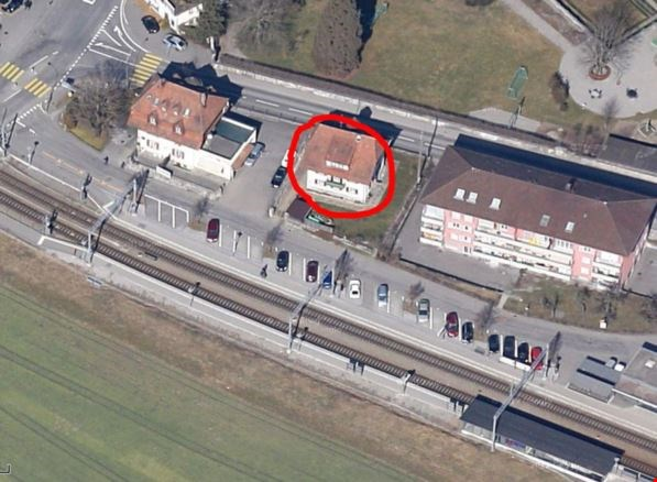 Charmante 3-Zimmer Altbau-Dachwohnung mit grossem Estrich 11985107