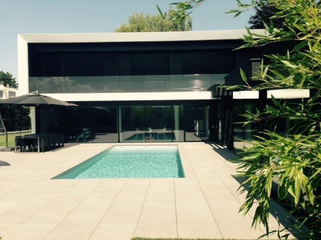 Wunderschöne zeitgenössische Villa 12437140