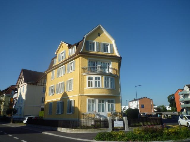 Dachgeschosswohnung mit Jugendstilcharme 11941390